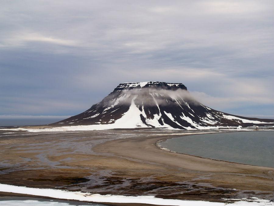 На Северной Земле установлена аэрозольная станция анализа климатически...